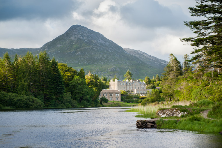 Ballynahinch-Castle-02.jpg