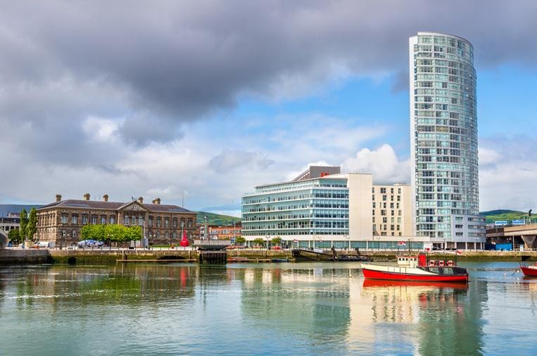 Belfast-shutterstock_319031.jpg