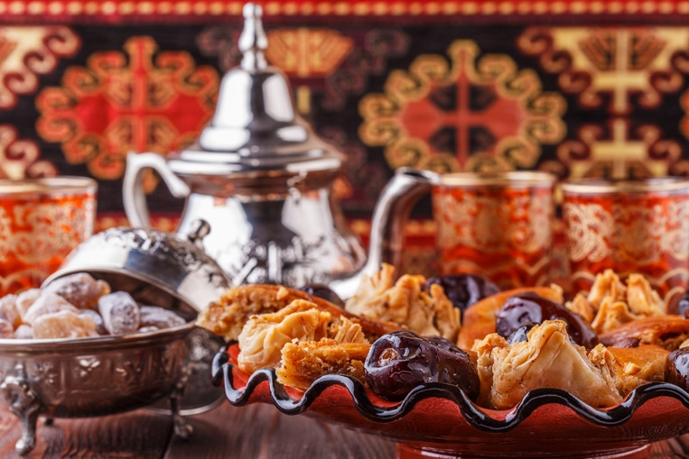 Moroccan-Mint-Tea-and-Sweet.jpg