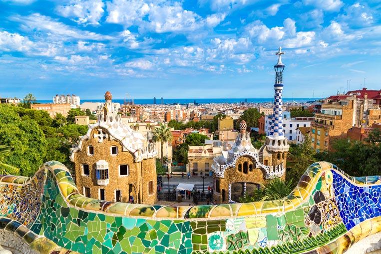 Barcelona-Park-Guell-shutte.jpg