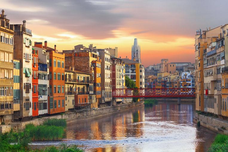 Girona-Jewish-Quarter-shutt.jpg