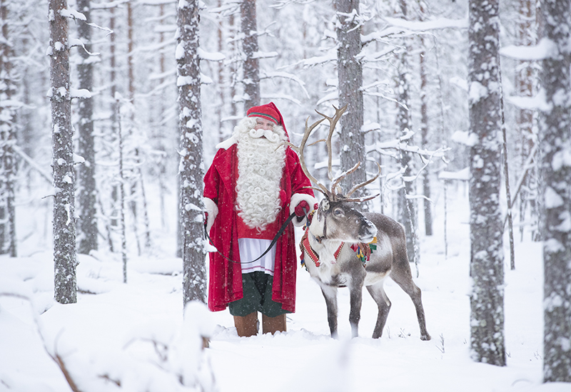 Santa Claus Winter 2018 in Rovaniemi Lapland Finland  (3)blog