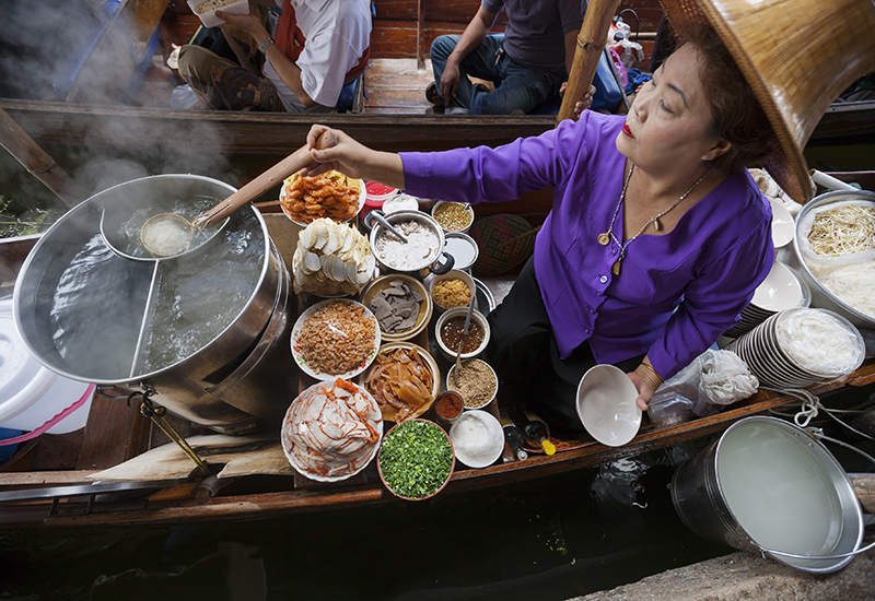 thailand floating market iStock-186545110blog